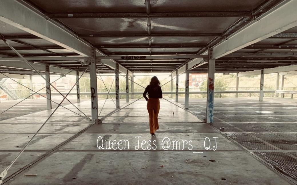 Shout-out PLUS Queen Jess
